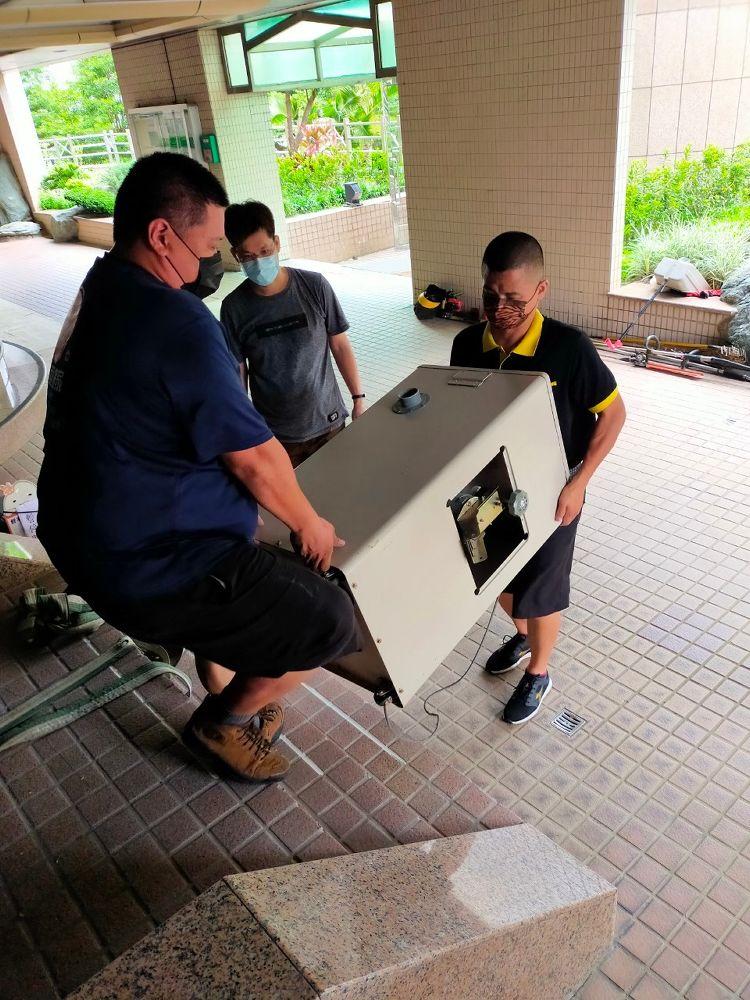 台北市內湖區搬家案例.鮮米自動販賣機鮮米機社區內搬運移動6
